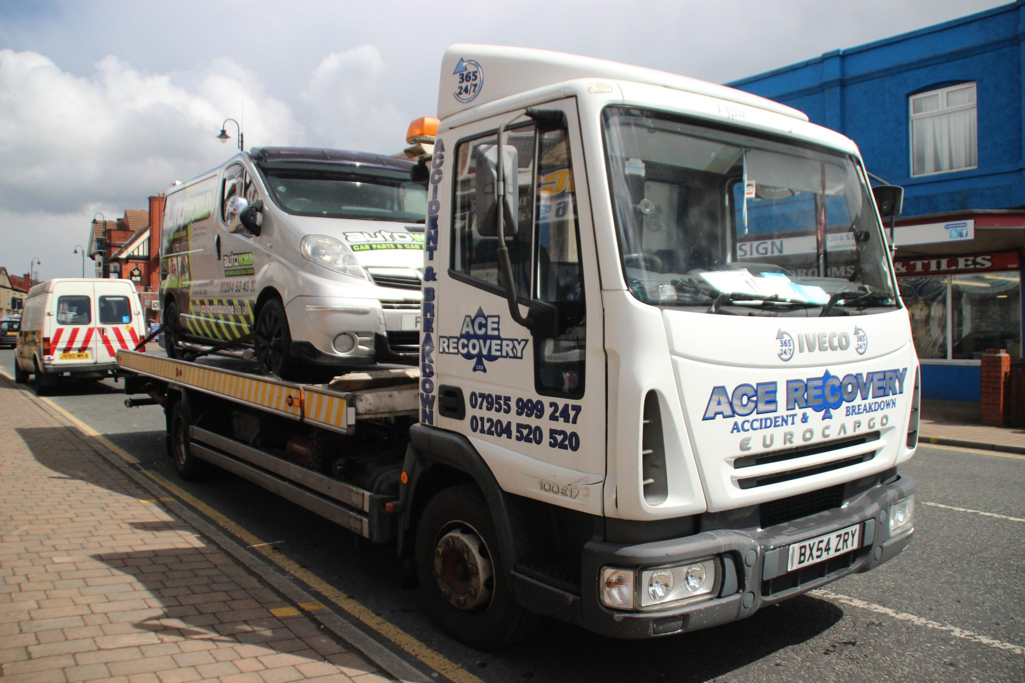 Car Towing Services near Manchester